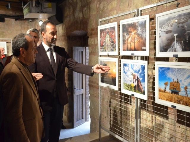 Silivri'de 1 Kasım Özel Fotoğraf Sergisine Yoğun İlgi