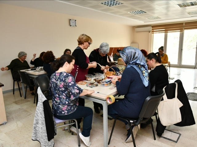 Esenyurtlu Kadınlardan Başkan Bozkurt'ta Teşekkür