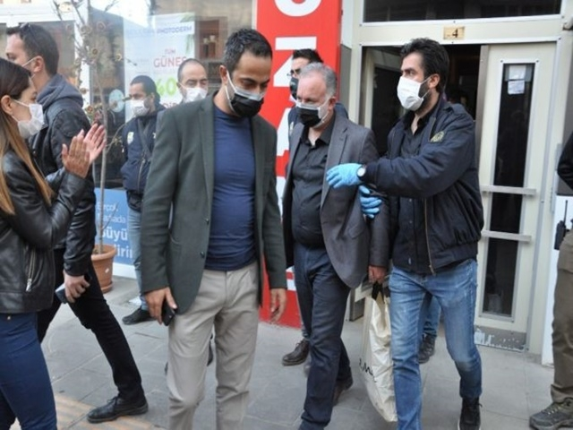 Kars Belediye Başkanı Bilgen Gözaltına alındı