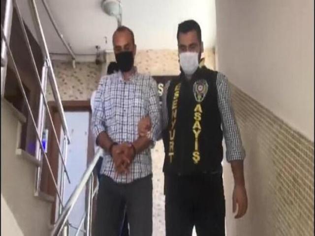 Esenyurt'ta sahte polis kimlikli gaspçılar yakalandı