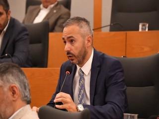 Hukuk komisyonu başkanı, Üniversite'nin Avukatı çıktı…