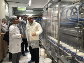 Esenyurt'ta Süt ve süt ürünlerini üreten firmalarda denetim