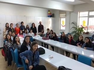 Yabancı Uyruklu Öğrencilere Türkçe Okuma-Yazma Eğitimi