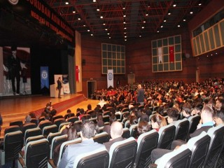 Esenyurt'ta Meslek Olarak Girişimcilik Projesi'nin dersleri başladı