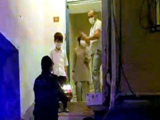 Esenyurt'ta polisten Muhammet'e doğum günü sürpriz