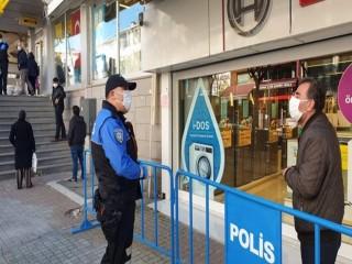 İstanbul Polisinden Esenyurt'ta dolandırıcılığa karşı uyarı ziyaretleri