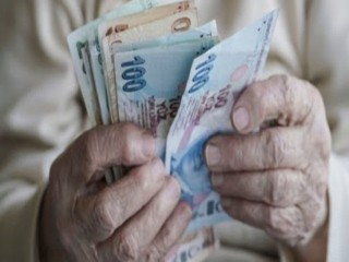 Emekli olamayanlara devlet maaş bağlıyor!