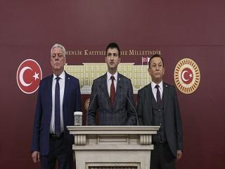 CHP'de 3 milletvekili istifa etti