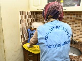 Esenyurt Belediyesi'nin Evde Temizlik Hizmeti Vatandaşın Hayatını Kolaylaştırıyor