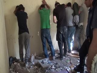 Esenyurt'ta uyuşturucu partisine polis baskını