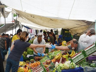 İçişleri Bakanlığı'ndan pazarlarla ilgili genelge: Cumartesi günleri açık olacak
