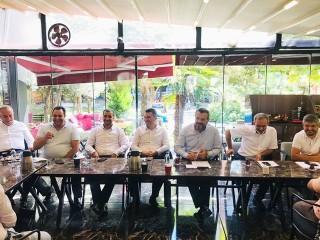 Başkan Özer, mahalle başkanları ile biraraya geldi