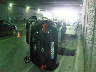 Esenyurt'ta meydan alt geçidinde kaza; 1 yaralı