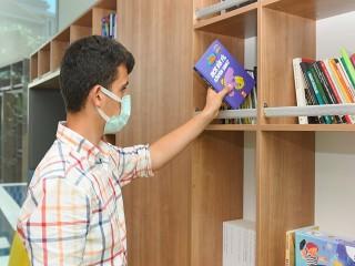 Fil Kütüphanesi Esenyurt'ta açıldı