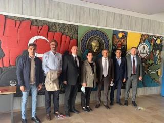CHP'li Kaya, Esenyurt'ta okulları ziyaretti: Burası Türkiye'nin tablosudur