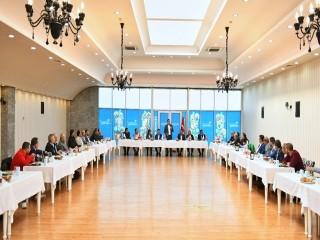 Başkan Bozkurt Esenyurt'taki Roman temsilcileriyle bir araya geldi