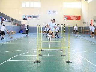 Esenyurtlu gençler, Spor Akademisi ile hayallerine ulaştı!