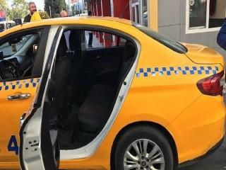Esenyurt'ta taksiciler vatandaşları canından bezdirdi