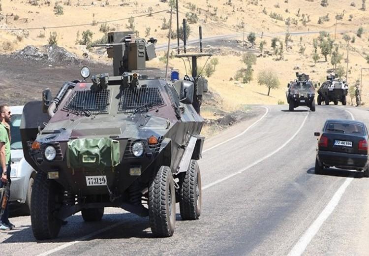 Şemdinli'de askere mayınlı saldırı